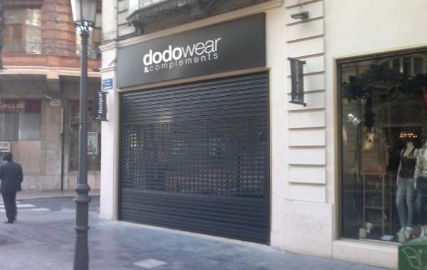 Persiana metálica Valencia tienda Dodo Wear